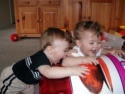 Ребенок кусается - Психологическая помощь